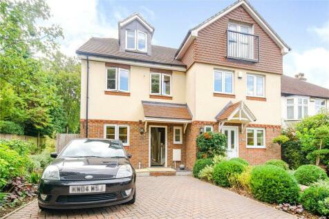 Hawthorne Gardens, Caterham, Surrey. 3 bedroom semi-detached house