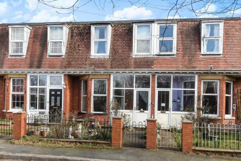 Alexandra terrace,Llandrindod Wells,LD1, Mid Wales - House / 3 bedroom house for sale / £129,950