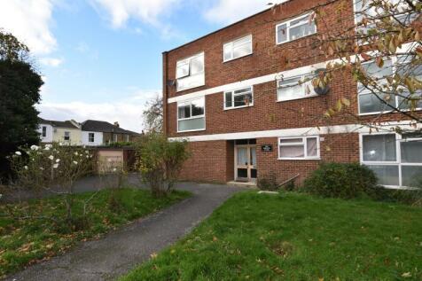 Dowanhill Road Catford SE6. 2 bedroom flat