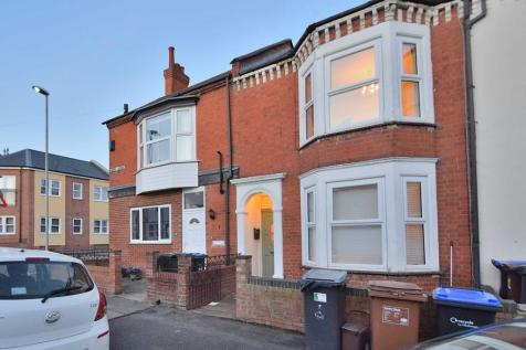 Adams Avenue, Northampton. 5 bedroom terraced house for sale