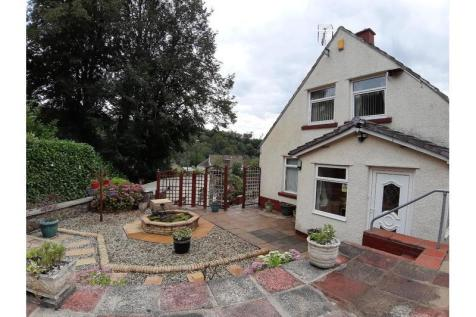 Acre Close, Swffryd, CRUMLIN. 3 bedroom bungalow