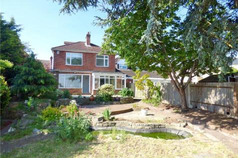 Priory Road, Gosport, Hampshire. 3 bedroom detached house for sale