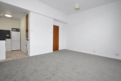 Holyrood Court, Watford Town Centre. 1 bedroom detached house