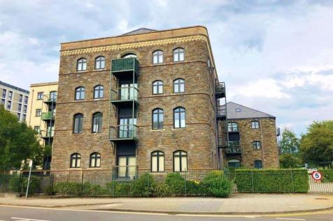 Edward England Wharf, Cardiff Bay (2 BED). 2 bedroom apartment