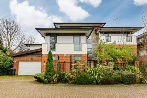 Paddock Way, London, SW15. 5 bedroom detached house for sale