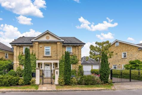 Devereux Lane, Barnes, SW13. 5 bedroom detached house