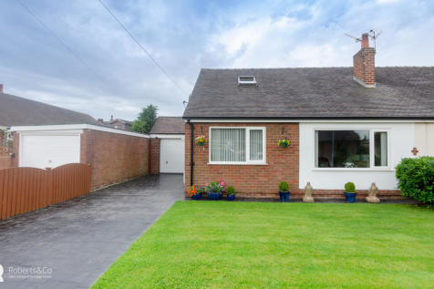 Danesway, Penwortham. 3 bedroom semi-detached bungalow