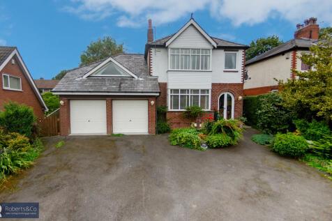 Oak Avenue, Penwortham. 4 bedroom detached house