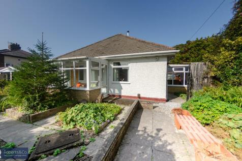 New Lane , Penwortham. 3 bedroom detached bungalow