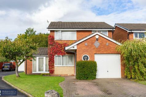 Farfield, Penwortham. 4 bedroom detached house for sale