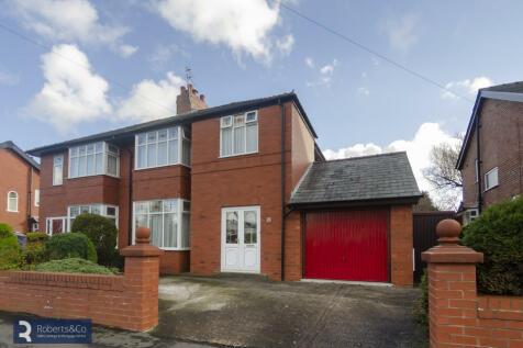 Manor Lane, Penwortham. 3 bedroom semi-detached house for sale