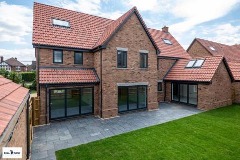 **FANTASTIC FAMILY HOME OVER 4000SQFT** 21 Hayfield Close (plot 18). 6 bedroom detached house for sale
