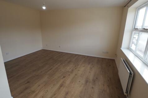 Plimsoll Way, Victoria Dock, Hull, HU9 1PX. 3 bedroom apartment