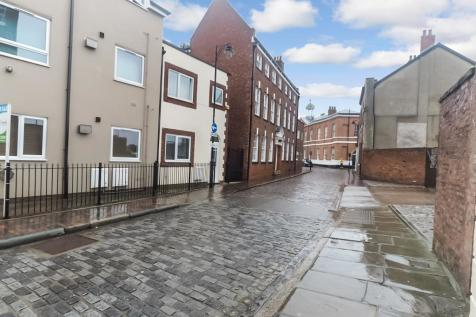 Lawson Court, High Street, Hull, HU1 1HA. 1 bedroom apartment
