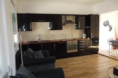 Jameson Street, Hull, HU1 3HR. 3 bedroom apartment