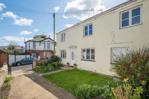 Nelson Place, Ryde. 3 bedroom cottage