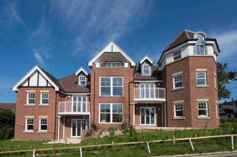 Totland Bay, Isle of Wight. 2 bedroom apartment