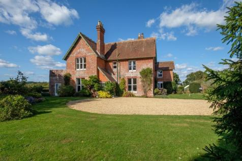 Shalfleet, Isle of Wight. 6 bedroom detached house for sale