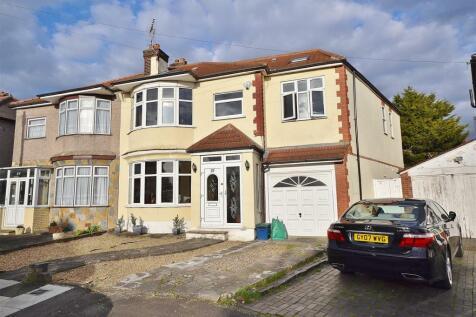 Danehurst Gardens, Redbridge. 6 bedroom semi-detached house