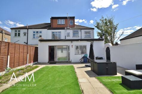 Redbridge Lane East, Redbridge. 6 bedroom end of terrace house