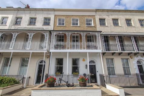 Royal Terrace, Southend-On-Sea. 5 bedroom town house for sale