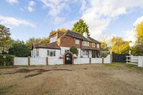 Common Lane, RADLETT. 5 bedroom detached house for sale