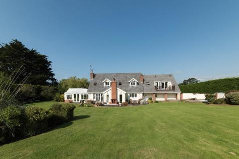 Glascoed, St. Asaph. 4 bedroom detached house for sale