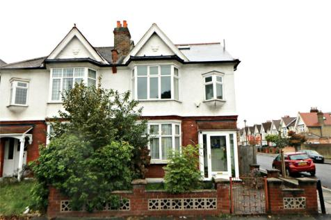 Thornsbeach Road, Catford, London, SE6. 5 bedroom end of terrace house for sale