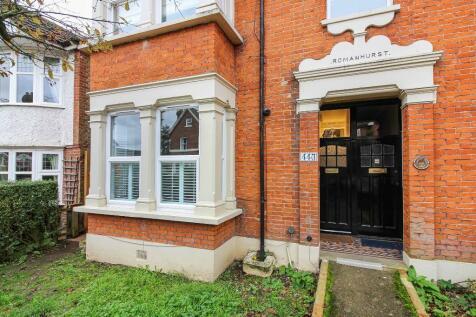 Chelmsford Road, London, E18. 2 bedroom ground maisonette for sale
