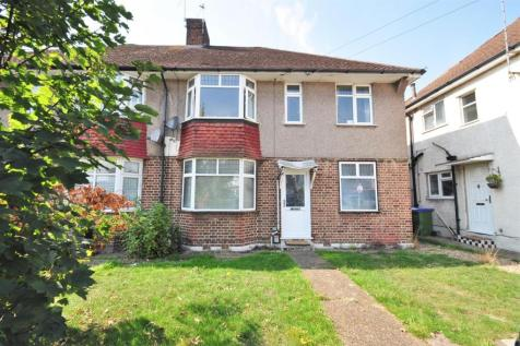 Brampton Road, Bexleyheath. 2 bedroom maisonette
