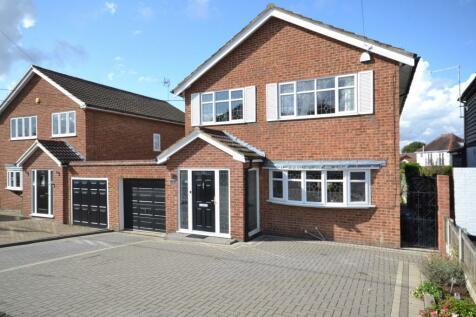 Western Road, Billericay, Essex, CM12. 4 bedroom link detached house for sale