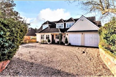 Noak Hill Close, Billericay, Essex, CM12. 4 bedroom detached house for sale