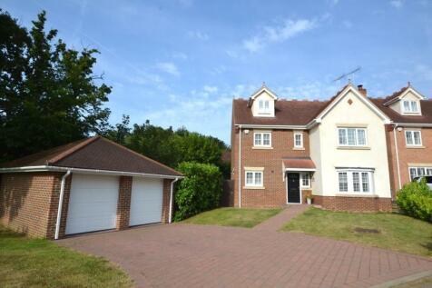 Britannia Close, Billericay, Essex, CM11. 5 bedroom detached house for sale
