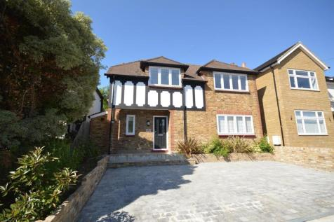 Park Drive, Romford, Essex, RM1. 3 bedroom detached house for sale