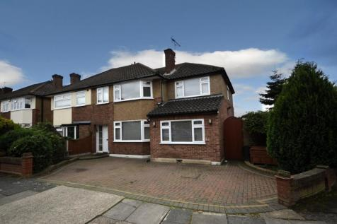Glenton Way, Rise Park, RM1. 4 bedroom semi-detached house for sale