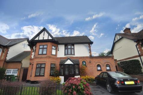 Berther Road, Hornchurch, Essex, RM11. 4 bedroom detached house for sale