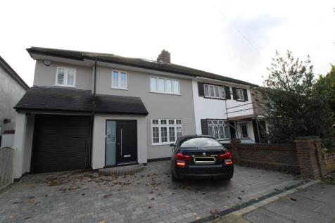 Tawny Avenue, Upminster, Essex, RM14. 4 bedroom semi-detached house for sale