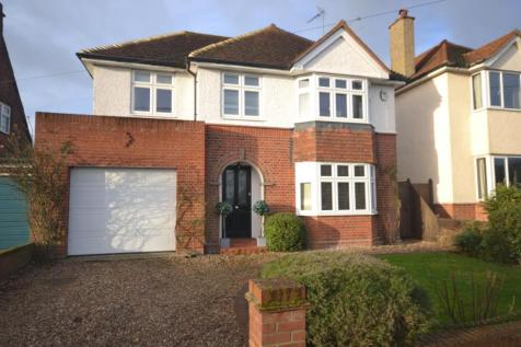 Paradise Road, Writtle, Chelmsford, CM1. 4 bedroom link detached house