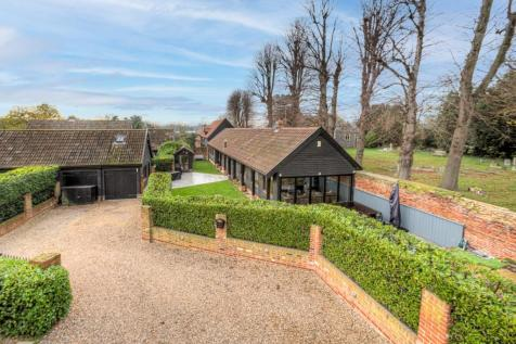 Church Lane, Upminster, Essex, RM14. 3 bedroom barn conversion for sale