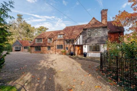 Mill Green, Fryerning, Essex, CM4. 5 bedroom detached house for sale