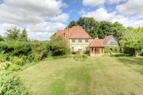 Wheelers Hill, Little Waltham, Chelmsford, Essex, CM3. 4 bedroom detached house