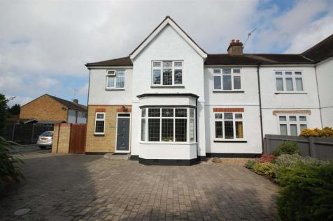 Barrow Lane, West Cheshunt. 4 bedroom semi-detached house for sale
