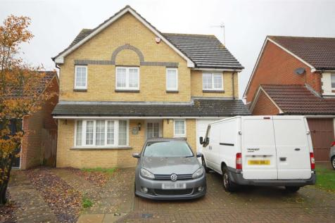 Bittern Close, West Cheshunt. 4 bedroom detached house for sale