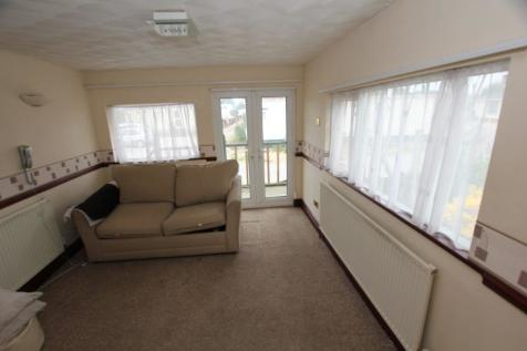 Wervin Road, Wervin, Chester. 2 bedroom mobile home