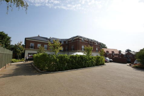 Dairy Walk, Hartley Wintney. 1 bedroom apartment for sale