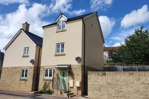 Vicarage Drive, Mitcheldean, Gloucestershire, GL17. 4 bedroom detached house