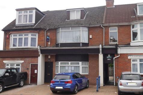Burgess Road, Highfield. 3 bedroom maisonette