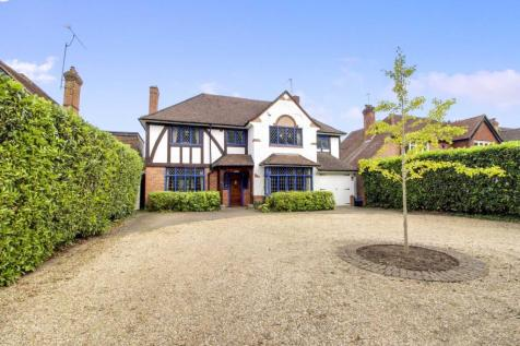 Wilderness Road, Earley. 5 bedroom detached house for sale