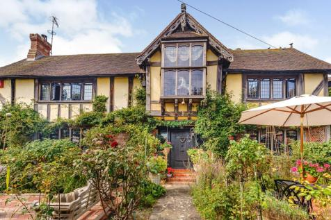 Dean Court Road, Rottingdean, Brighton, East Sussex, BN2. 6 bedroom detached house for sale