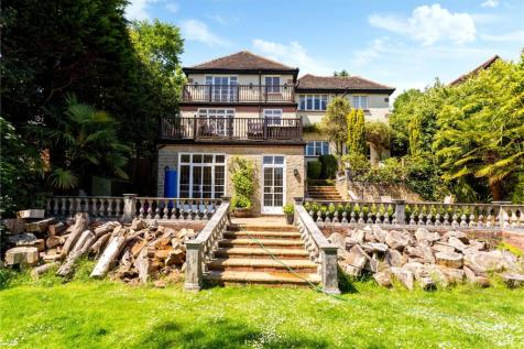 Withdean Road, Brighton, East Sussex, BN1. 5 bedroom detached house